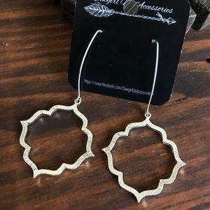 Jewelry - Silver Moroccan Quatrefoil Earrings